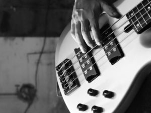 Atelier Guitare basse - Atelier Gaumais - Halenzy